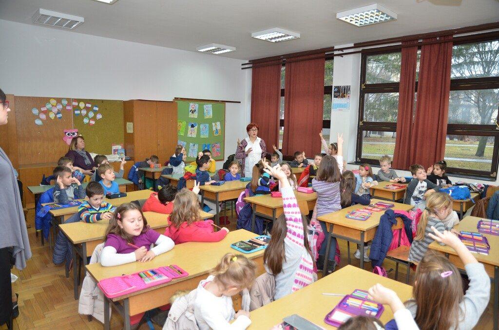 Predškolci u školi