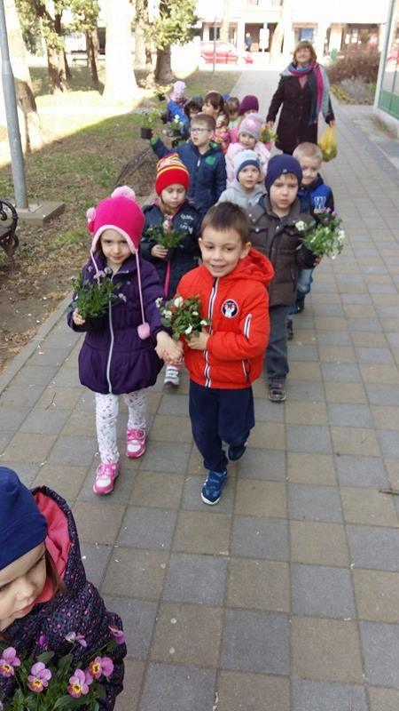 Cvjetići u posjeti tržnici