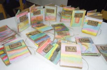 Kockice izrađivale vlastite knjige
