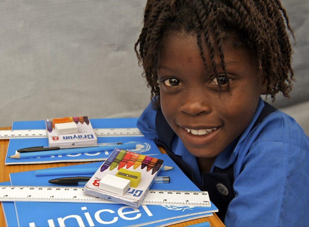 """Humanitarno – edukativni projekt """"Škole za Afriku"""""""